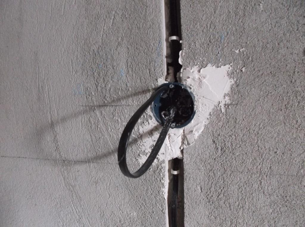 Подрозетник-в-бетон