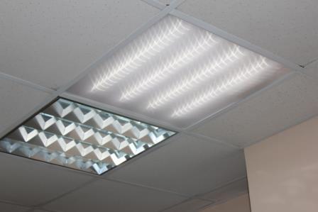 Светильник-Армстронг-светодиодный-и-ламповый