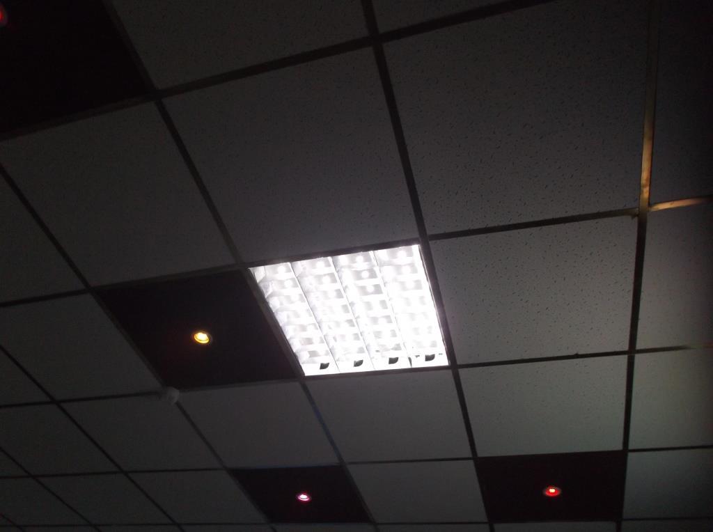 Светодиодный светильник Армстронг на месте. 2
