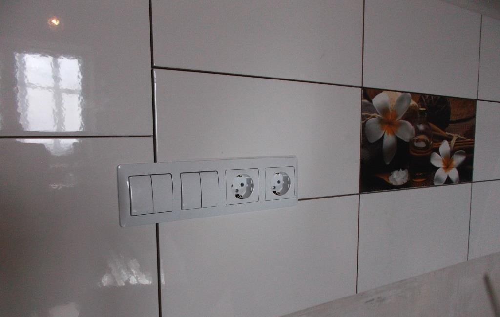 Розетки выключатели кухня
