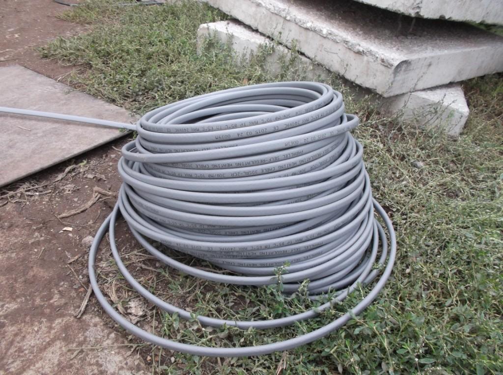 kanalizaciya-s-podogrevom-greyushhij-kabel-1