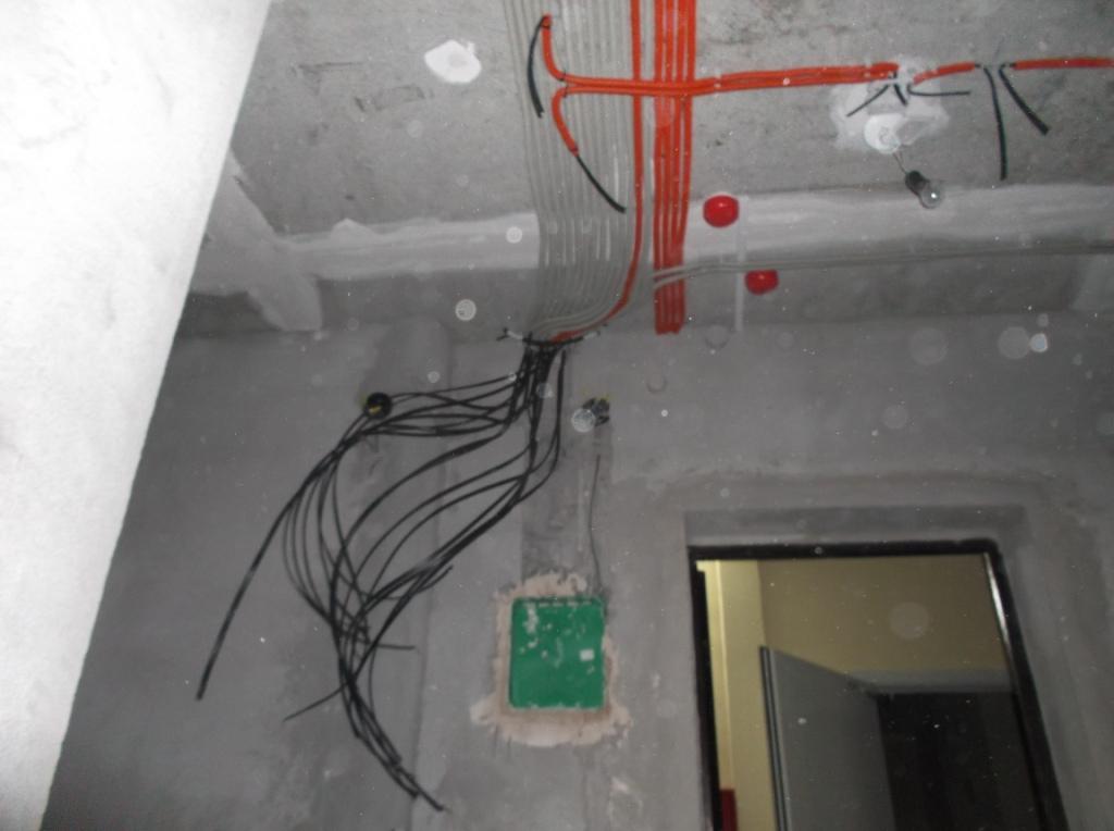 montazh-elektroprovodki-v-gofre-8