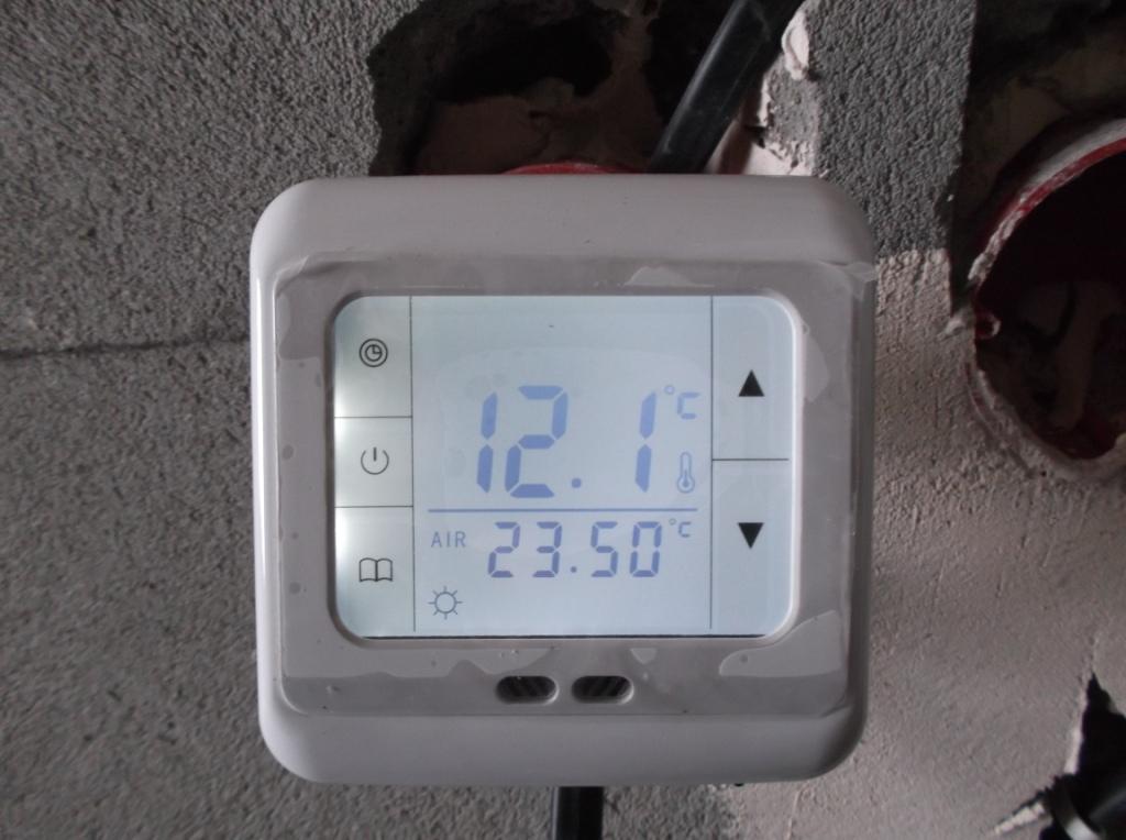 elektromontazh-zagorodnogo-doma-montazh-teplyx-polov-9