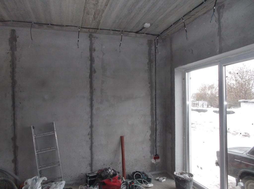 elektromontazh-zagorodnogo-doma-tochechnye-svetilniki-1