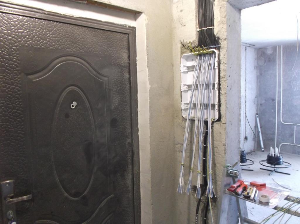 Услуги электрика в Оренбурге замена электропроводки 27